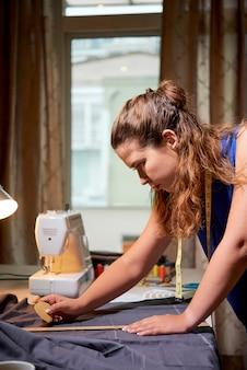 Atelier de design sur la couture