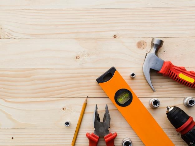 Atelier avec différents outils