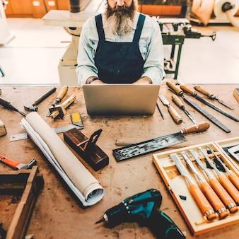 Atelier de menuisier artisanat artisanat en bois