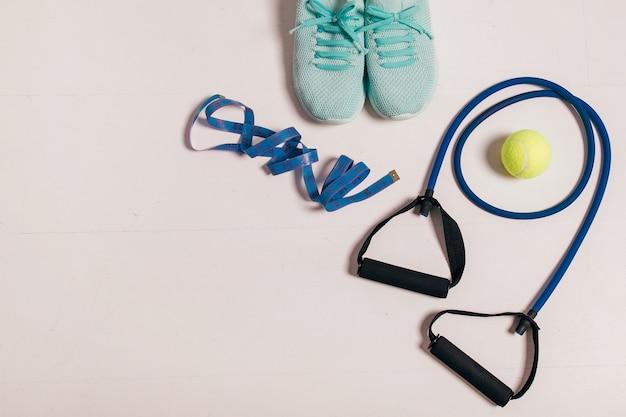 Les athlètes définissent le concept d'exercice de fitness féminin