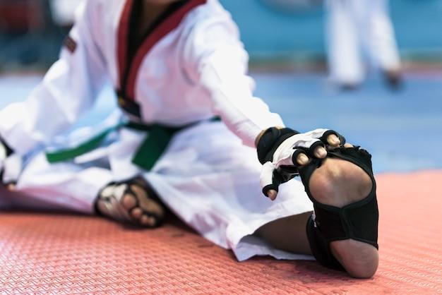 Athlètes enfants taekwondo.