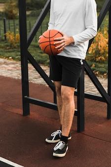 Athlétique, tenue, basket-ball