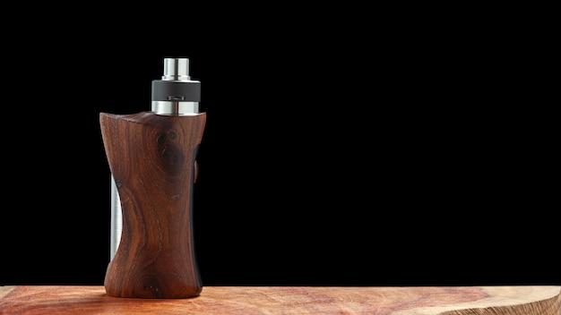Atomiseur goutte à goutte reconstructible haut de gamme avec des mods de boîte régulés en bois stabilisé naturel, équipement de vaporisateur