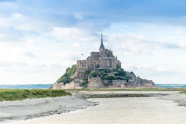 Attraction touristique du mont st michel en normandie, france