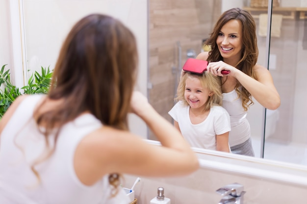 Aujourd'hui, votre coiffure sera spéciale