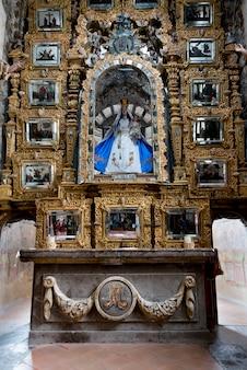 Autel de l'église, sanctuaire d'atotonilco, san miguel de allende, guanajuato, mexique