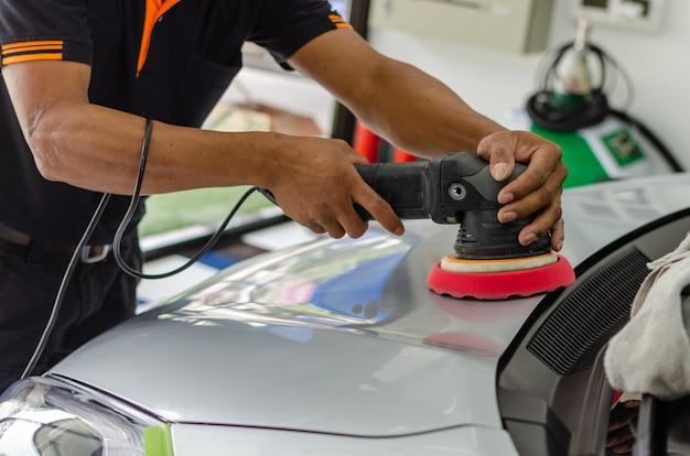 Auto detailing car