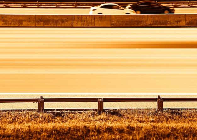 Autoroute avec fond de transport urbain ligne vide