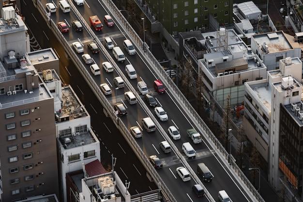 L'autoroute métropolitaine no.3, ligne de shibuya et ville, tokyo, japon