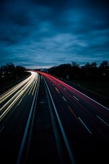 Autoroute la nuit