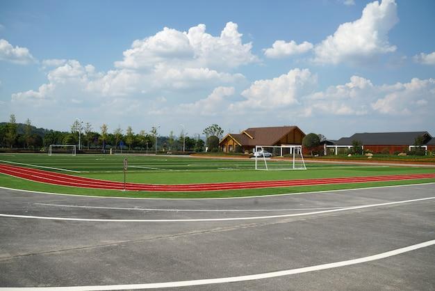 Autoroute et stade dans la salle d'exposition extérieure