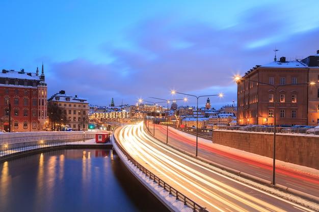 Autoroute de stockholm à la ville