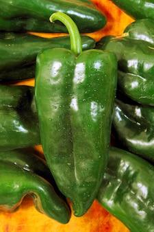 Avantages de couleur chaude mexicain de piment de brousse