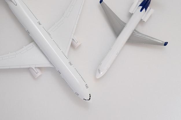 Avion à air blanc modèle