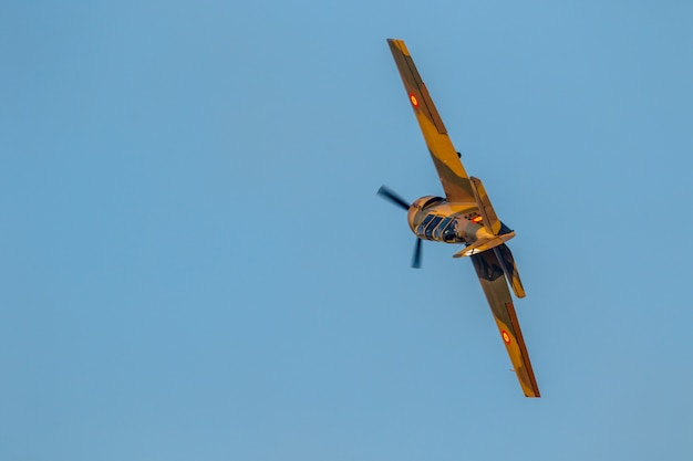 Avion yakolev yak-52 - salva ballesta