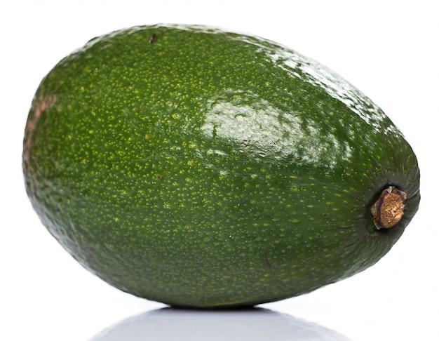 Avocat vert frais