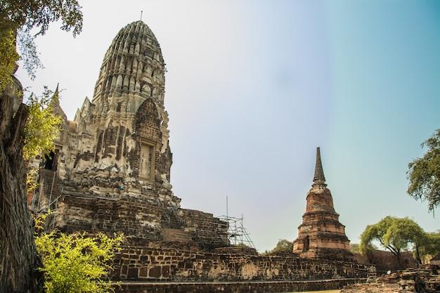 Ayutthaya, thaïlande ruines et antiquités du parc historique d'ayutthaya