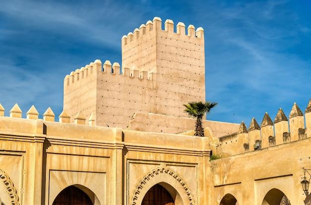 Bab dekkakin, une porte de fès - maroc