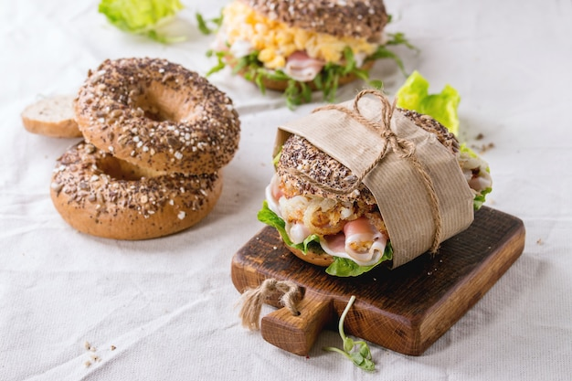 Bagels de grains entiers