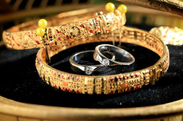 Bague de mariage et bracelet en or pour mahar, cadeau pour la mariée dans le mariage javanais