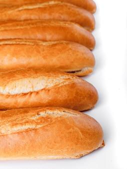Baguette française, pain. isolé