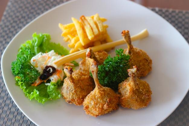 Baguette de poulet épicée avec mayo