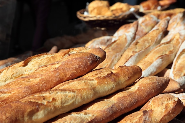 Baguettes au marché en france