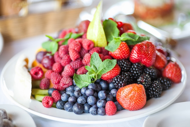 Baies.antioxydants, régime de désintoxication, fruits biologiques.