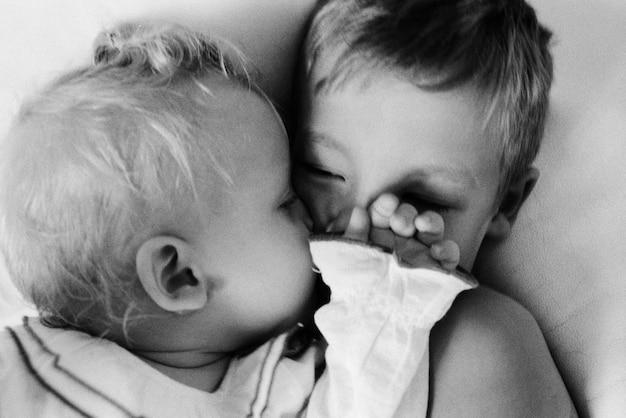 Un baiser matinal de petite miss