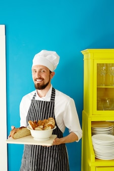 Baker dans la cuisine