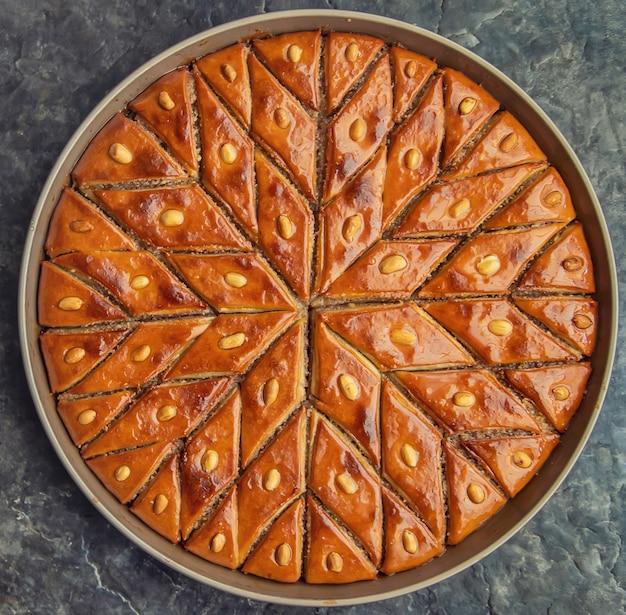 Baklava sucré oriental aux noix