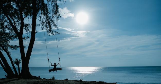 Balancer sur la plage