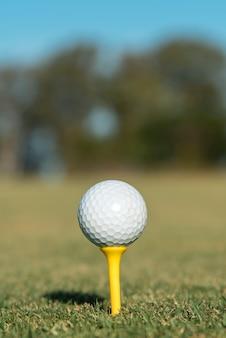 Balle de golf gros plan