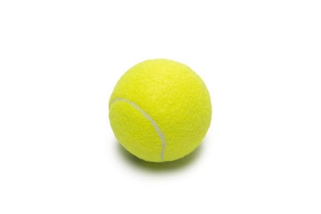 Balles de tennis isolés sur fond blanc.