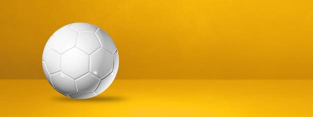 Ballon de football blanc sur fond jaune. illustration 3d