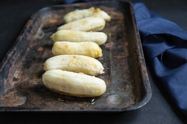 Banane et miel aliments sains