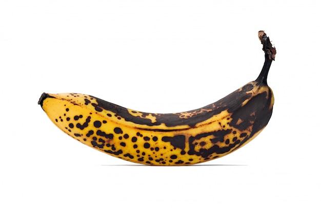 Banane pourrie isolée