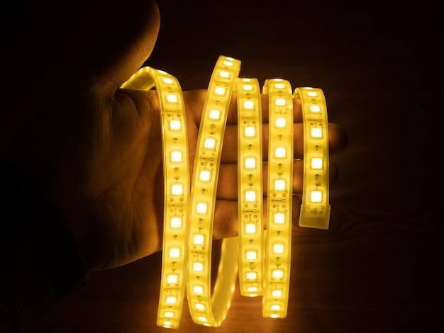 Bande led pour éclairage décoratif, ruban diode brillant.