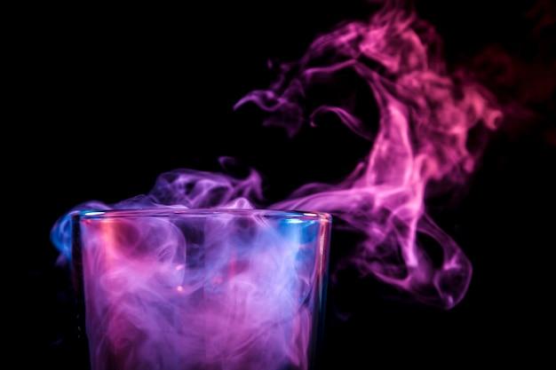 Bangs en verre pour fumer soft focus.