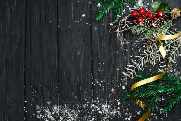 Bannière avec décoration arbre blanc serpntine pour les vacances de noël