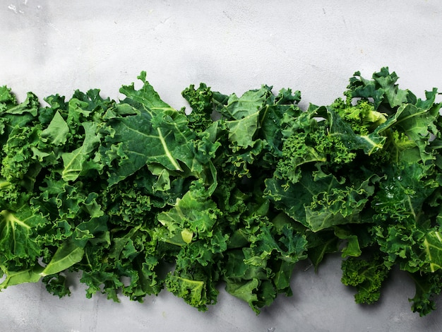 Bannière de fond frais organique kale vert.