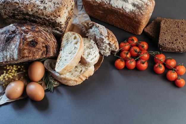 Bannière, place pour texte, pain, sans gluten et sans produits animaux.