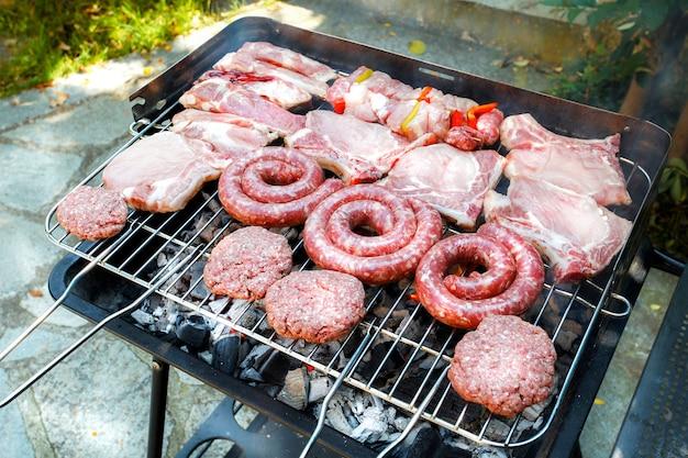 Barbecue mixte vu d'en haut
