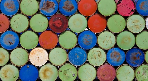 Barils pour le stockage de l'huile