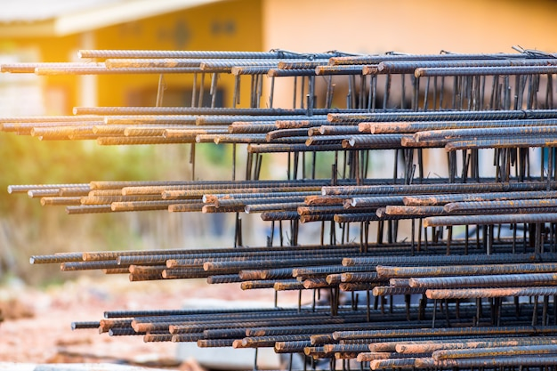 Barre d'acier pour travaux de construction en béton, mortier dans la base structurelle, infrastructure