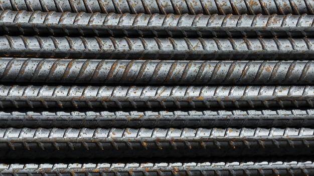 Barre d'acier rouillé