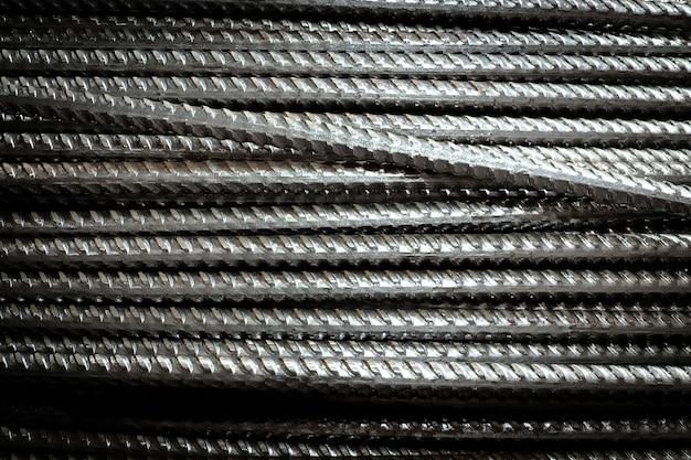 Barre d'armature en acier à fil empilé gros plan pour la texture et l'arrière-plan des travaux industriels et de construction