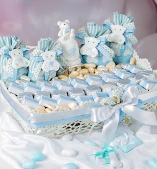 Barre de bonbons aux chocolats bleus