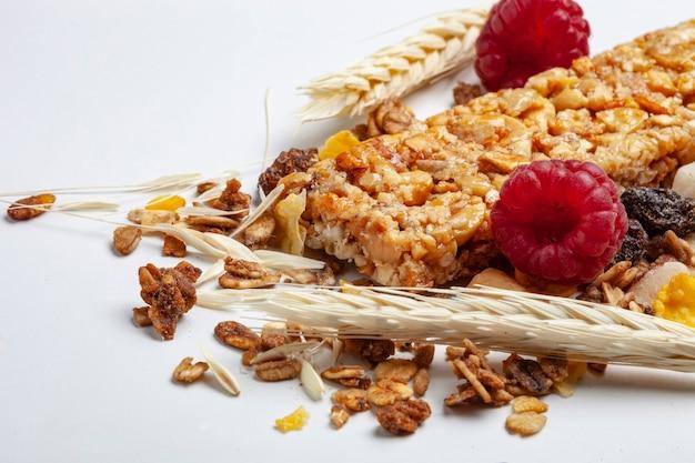 Barre de céréales aux fruits