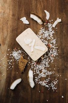 Barre de savon bio à la noix de coco vue de dessus